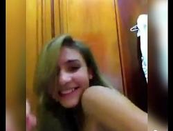 Novinha magrinha dan&ccedil_ando funk New little skinny girl dancing funk