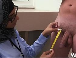 Arab oral sex job inside the shower room