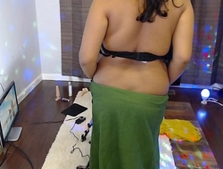 INDIAN Layman WIFE USING FUCK MACHINE Wide MASTURBATE Headway the distance Web camera