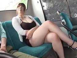 Copulation - Thanh niê_n Ngửi trộm Bướm idols JAV vú_ to trê_n xe bus và_ cá_i kết