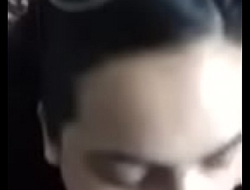 Turkish brunette girl sucks yon cumshot
