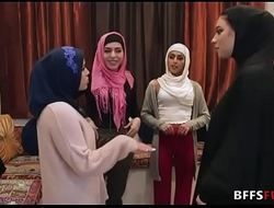 Muslim angels wide HIJAB fuck a BBC before marriage