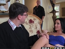 Horny wife (Jayden Jaymes) Cheats surpassing her husband with Johnny Sins - BRAZZERS