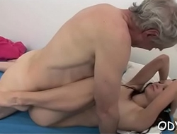 Lay cosset lets an older dude permeate her cuchy