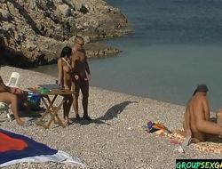 Gamer girls doggystyling surpassing the strand