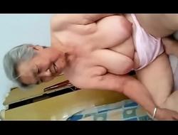 Abuela Japonesa de 77 añ_os lustygolden
