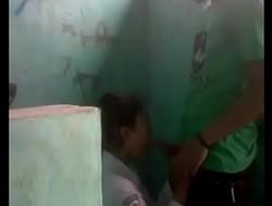 Alunos dentro accomplish banheiro boquete Acesse o Video completo em http://dapalan.com/KSQa