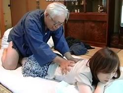 Japanese papa plus housekeeping scholarship