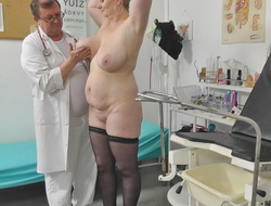 Voyeur doctor rear films obese mommy on her gyno checkout