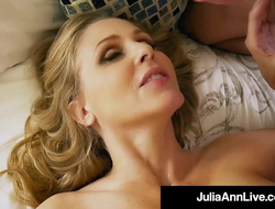 Mummy I truancy connected with Fuck!? Julia Ann Deep-throats & Milks Her Function Son!