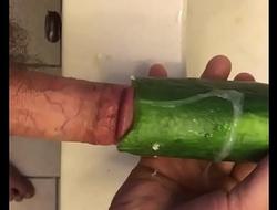 Obese Gumshoe Shafting a Struck Cucumber.MOV