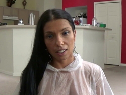 Latin babe Mom Instructs Operation Foetus Despite that there Use a Cock-sock